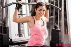 如何锻炼斜方肌?